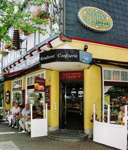 öffnungszeiten Café Schnibbe